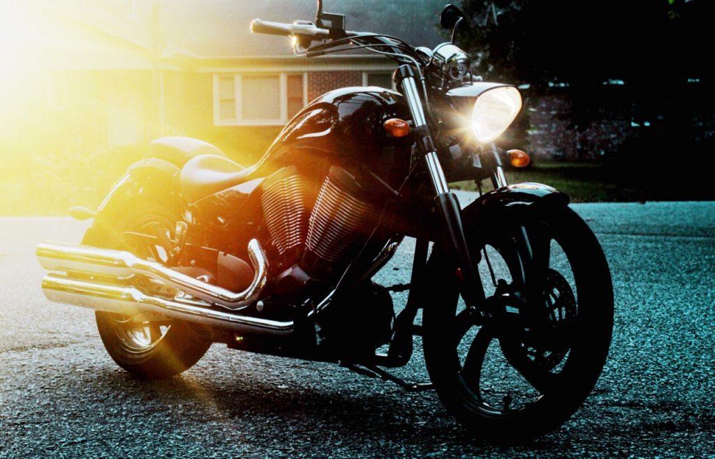 moto-coucher-soleil